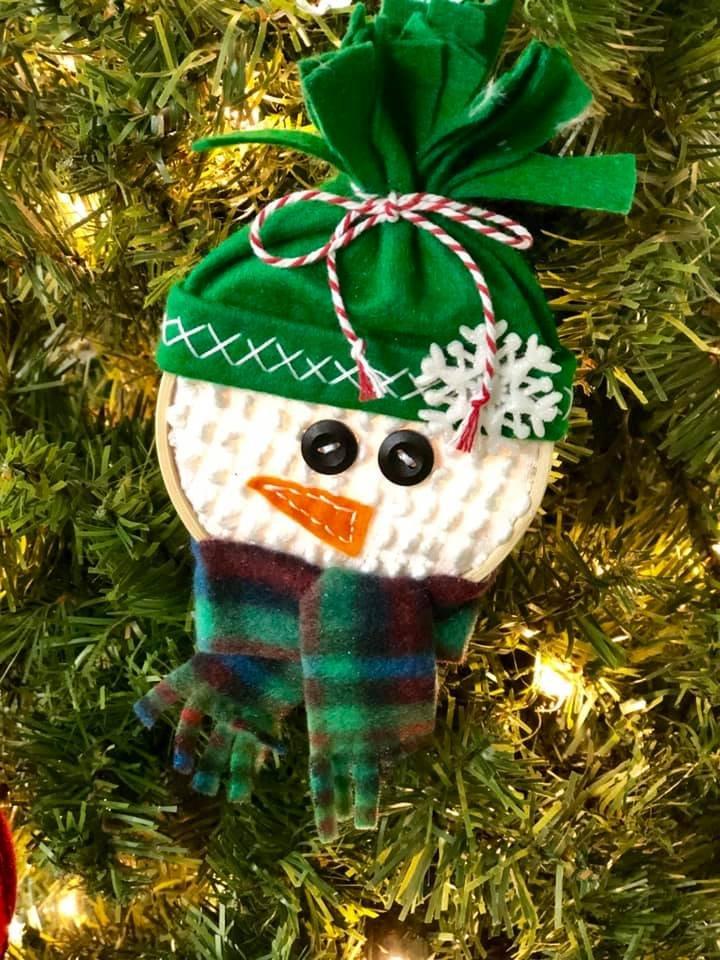 Green Snowman Hoop Ornament Kit