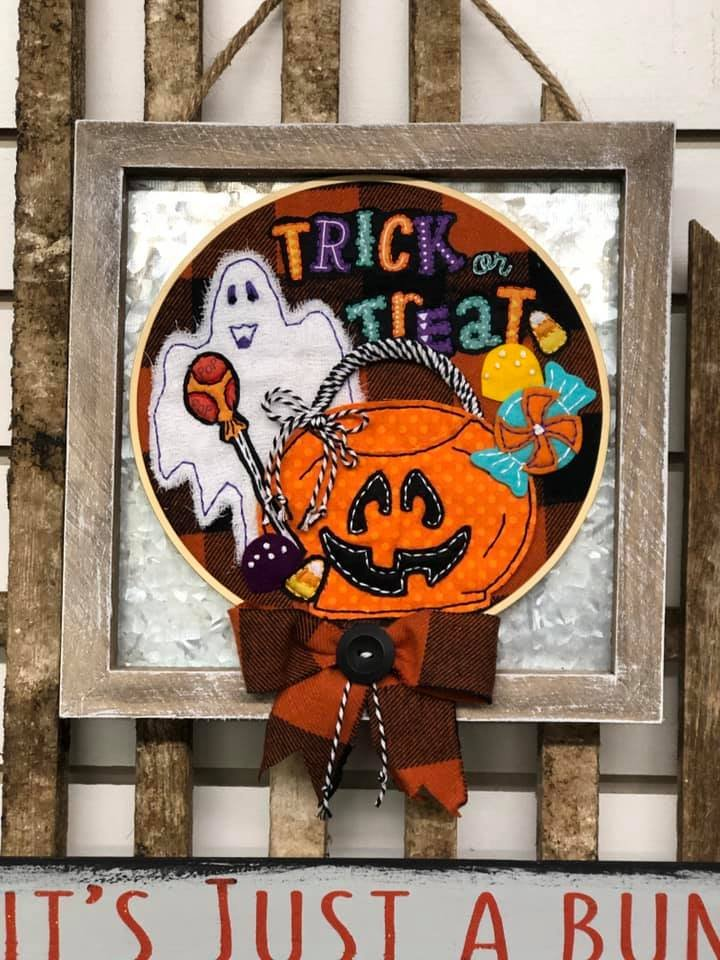 Itch to Stitch Online Workshop: Trick or Treat Hoop