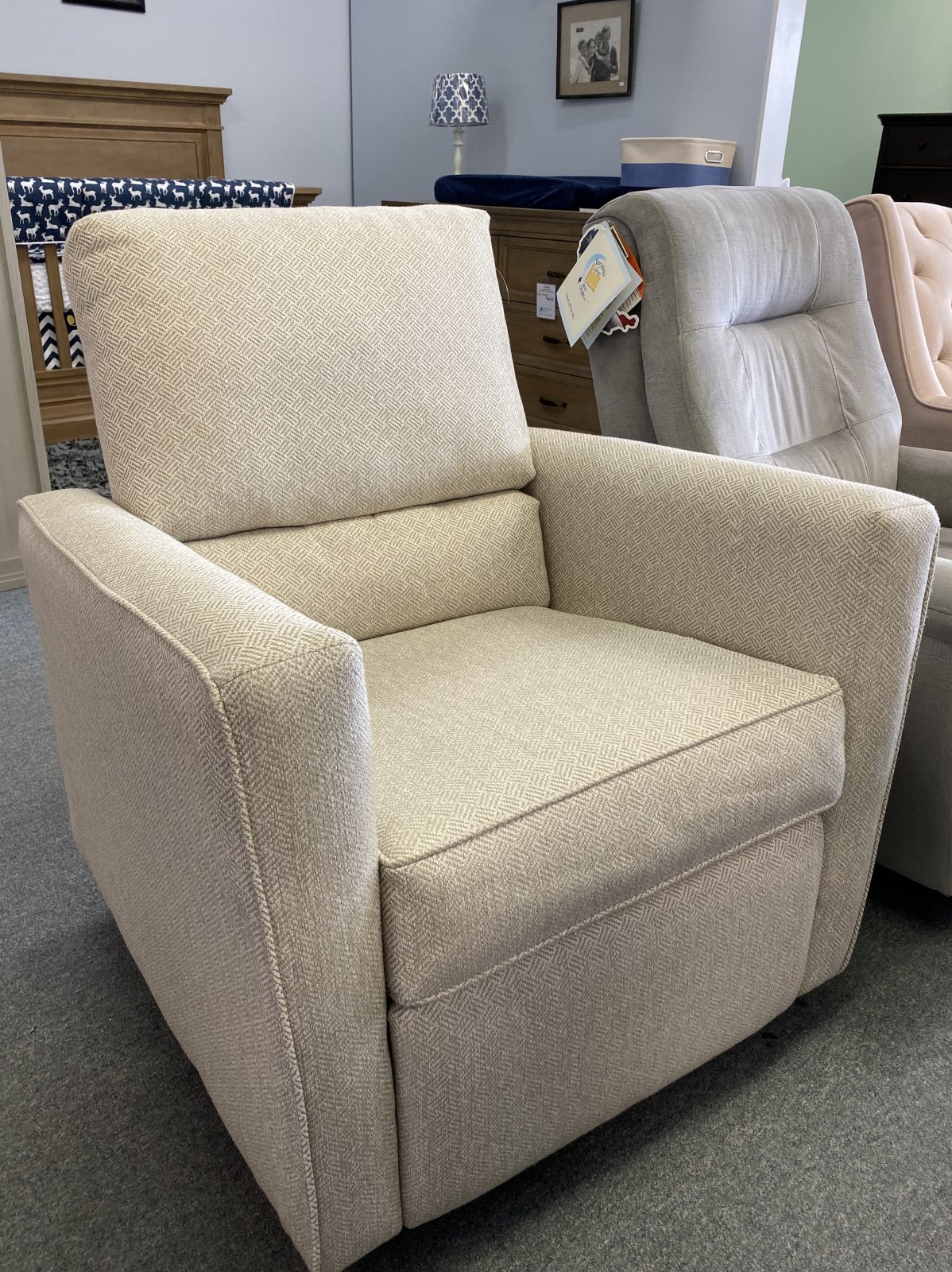 The 1st Chair | Shay Recliner (Floor Model)