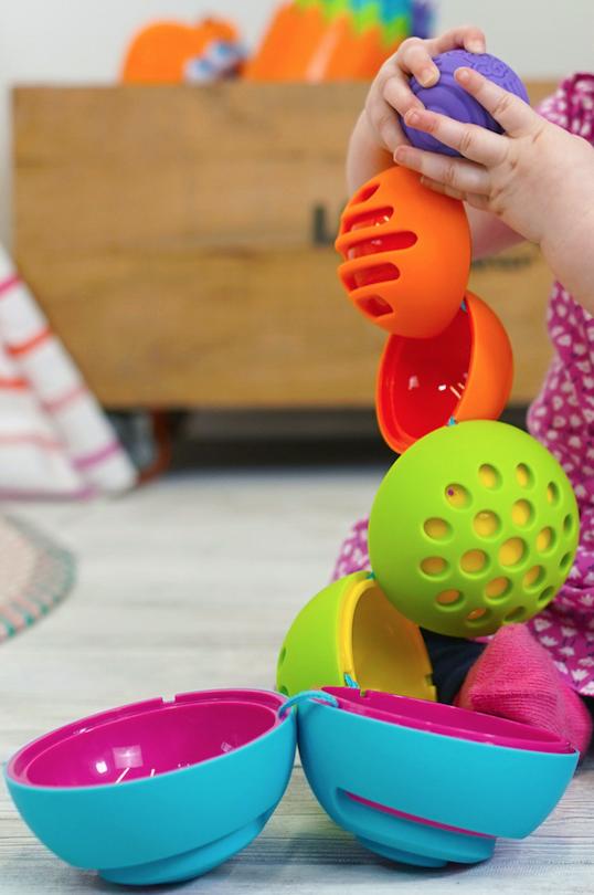 Fat Brain Toys | OombeeBall