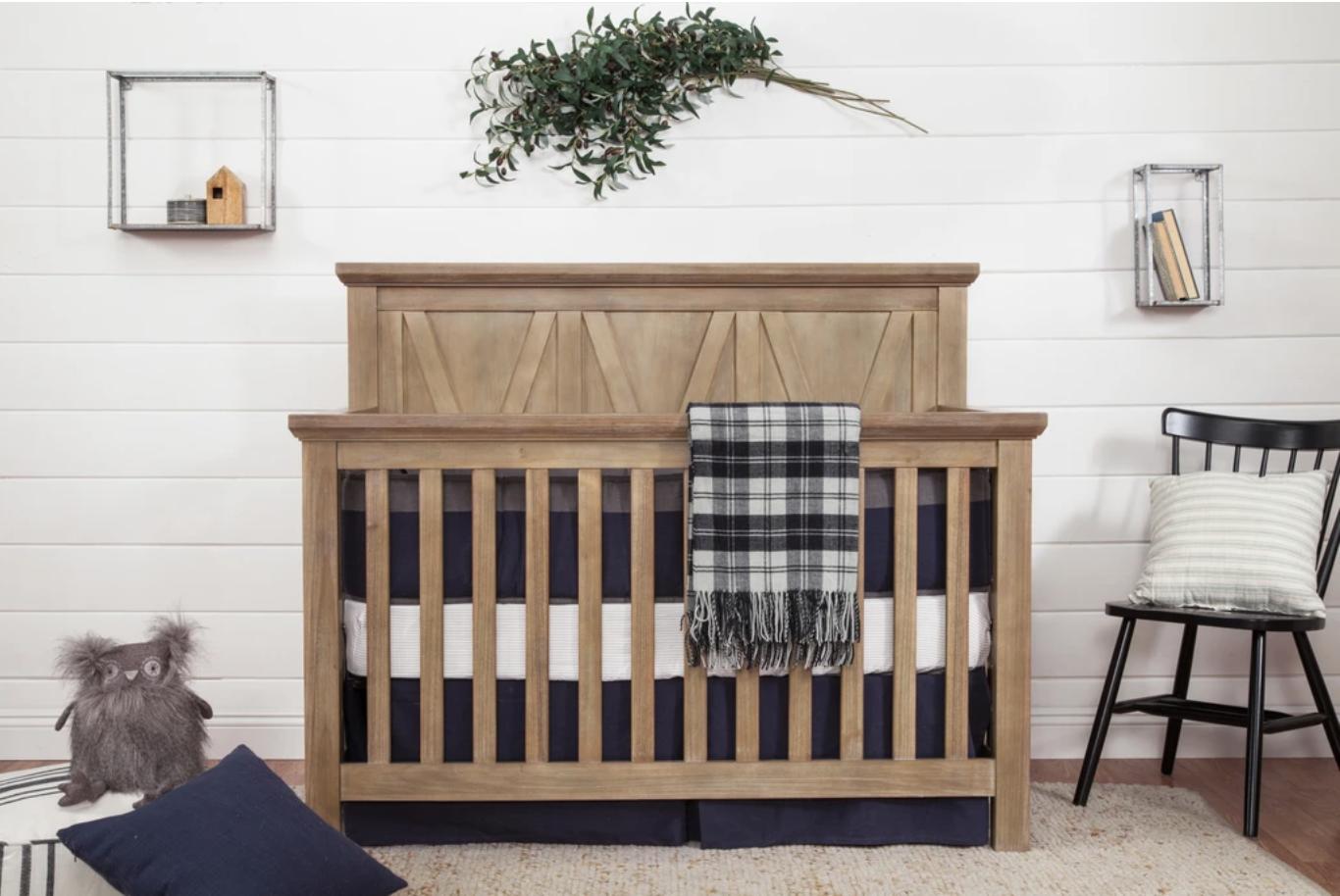 Franklin & Ben   Emory Farmhouse   4-IN-1 Convertible Crib