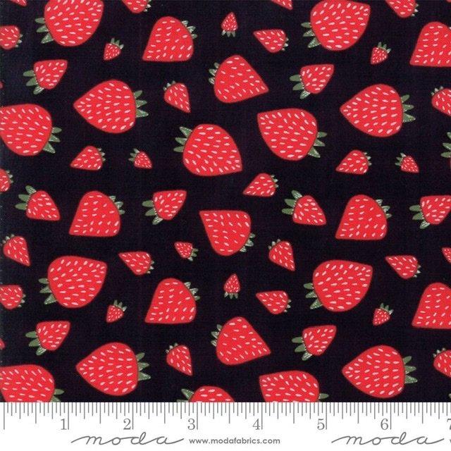 Farm Fresh - 48263-12 Black Strawberries