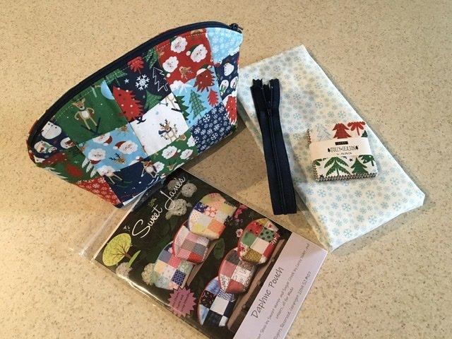 Daphne Pouch - Jolly Season Kit