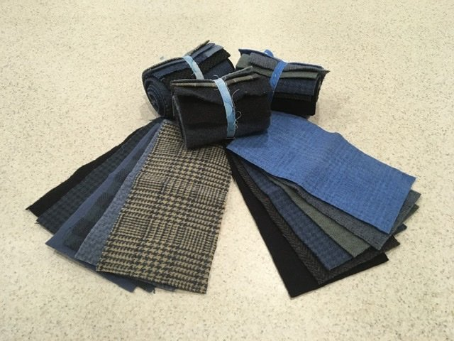Wool 4x8 - Blue Roll Up