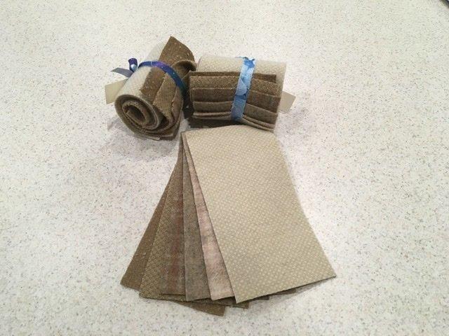 Wool 4x8 - Beige Roll Up