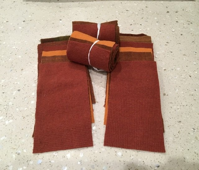 Wool 4x8 - Orange Roll Up