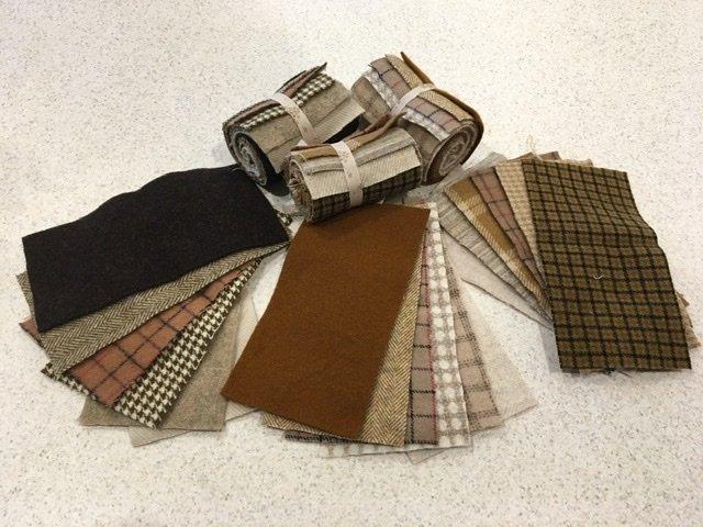 Wool 4x8 - Brown/Tan Roll Up