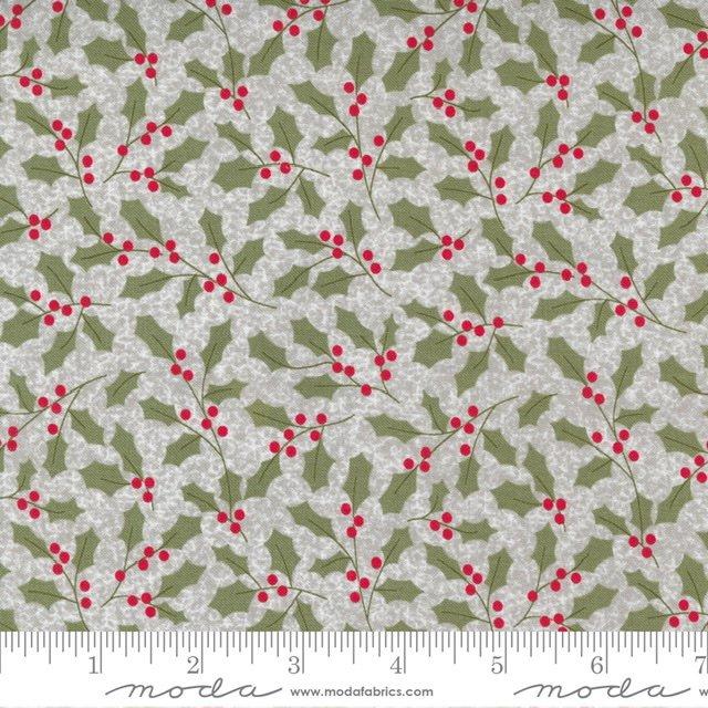Christmas Morn Holly Silver 5142 12