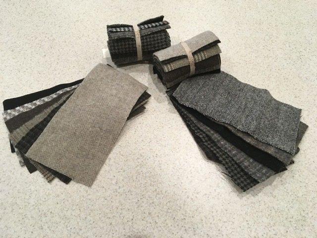 Wool 4x8 - Black/Gray Roll Up