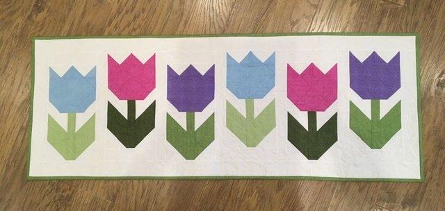 Easter Tulips Table Runner Kit