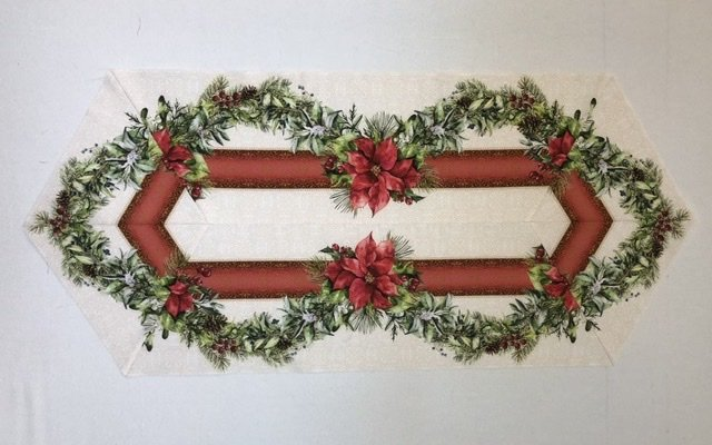 A Poinsettia Winter Table Runner Kit (Easy Striped Pattern)