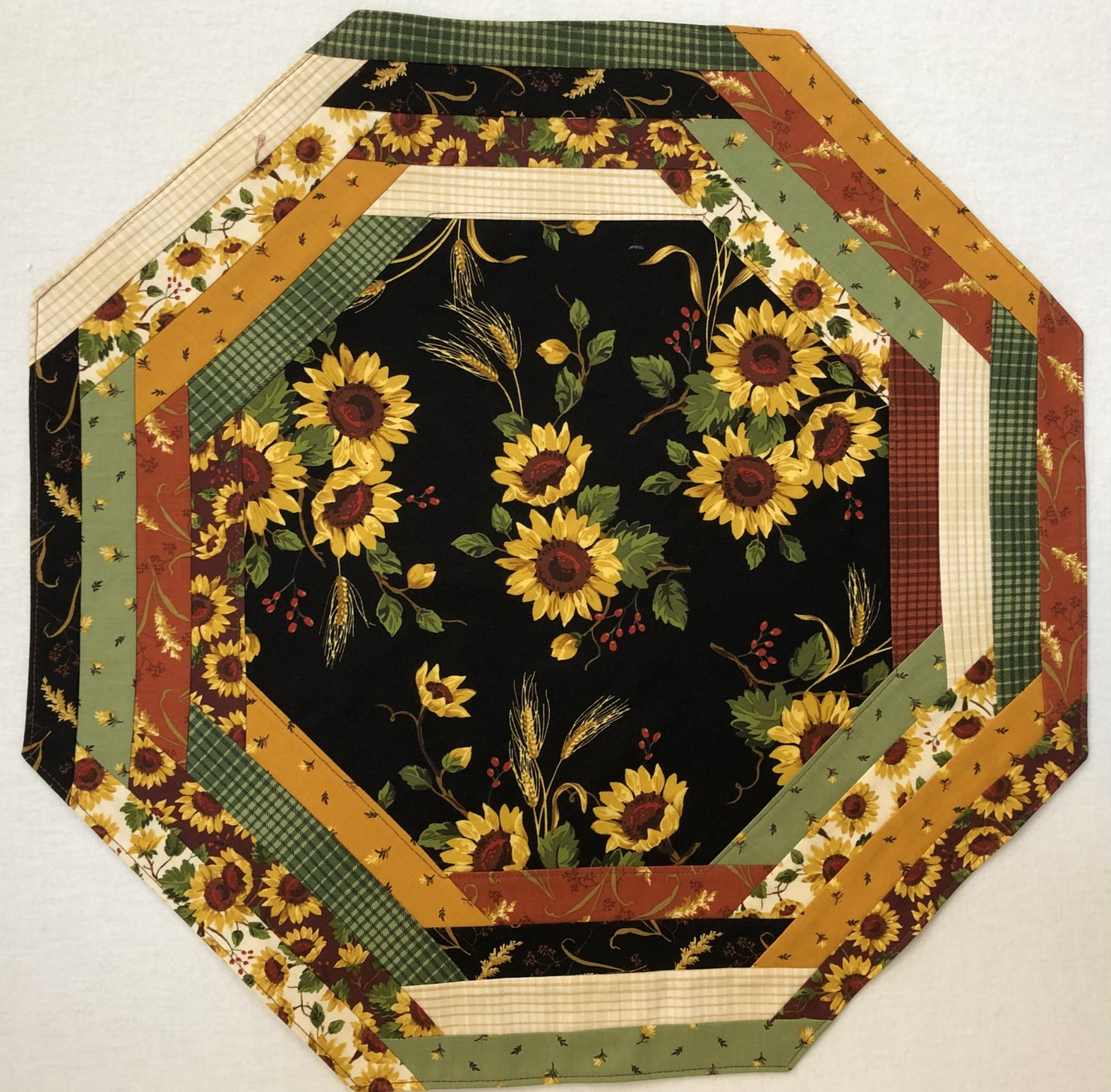 Sunflower Field CP Tablemat (Pattern Sold Separately)