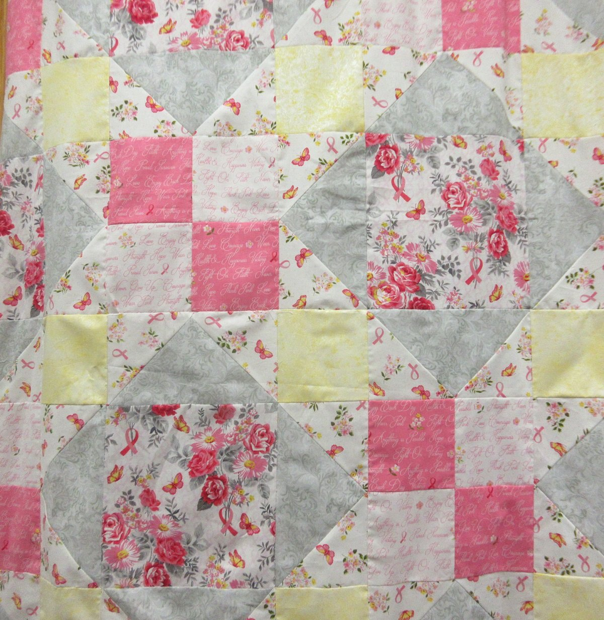 ANYTHING IS POSSIBLE QUILT KIT (WINDHAM FABRICS)