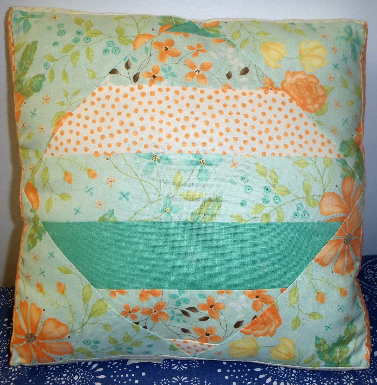 2016 Shop Hop Pillow