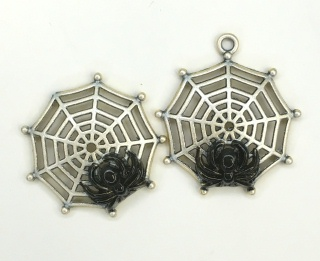 Spider in Web Charm - 1698