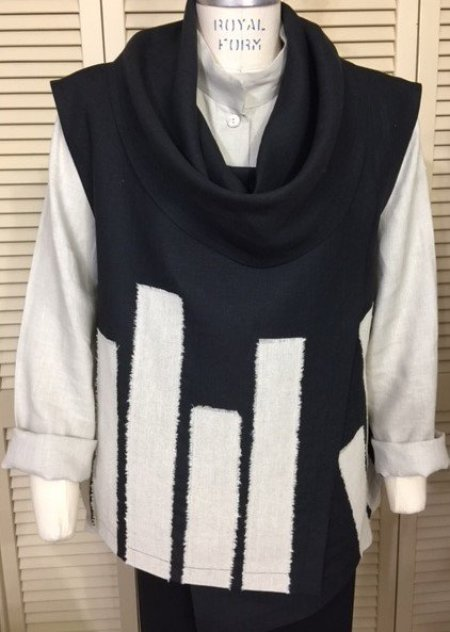 Vest with strips