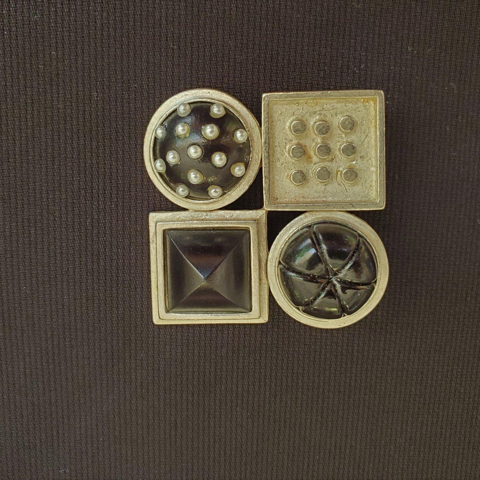 Black and silver pin-NN-010037