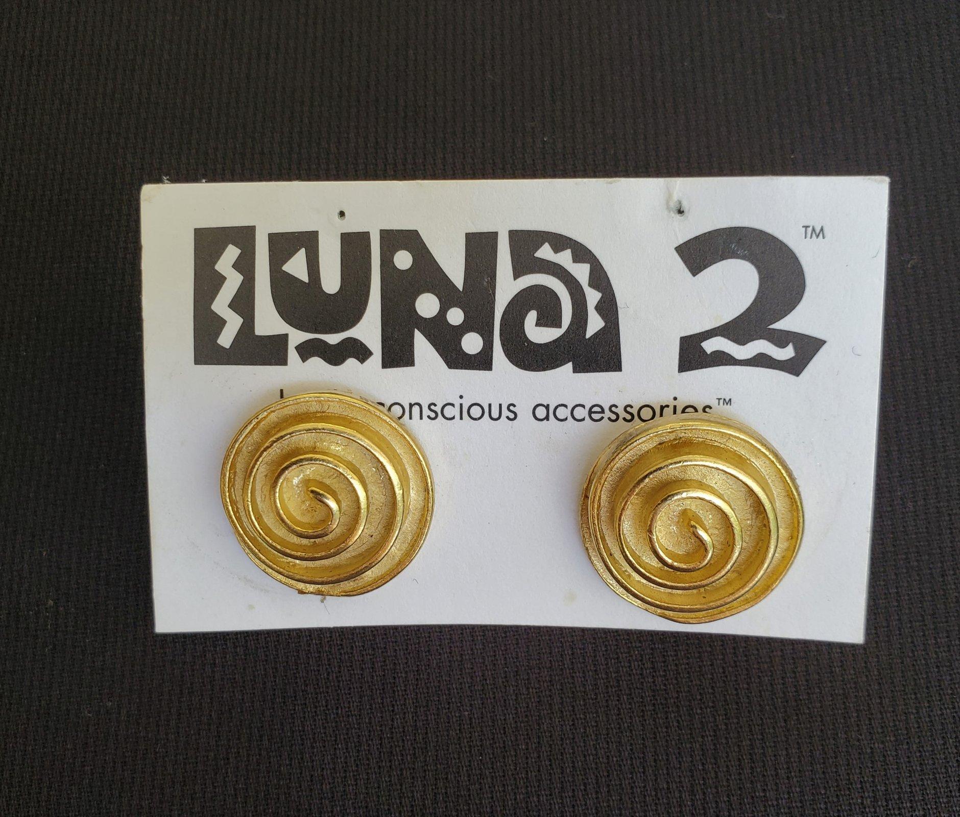 Round gold pierced earrings-NN-010042