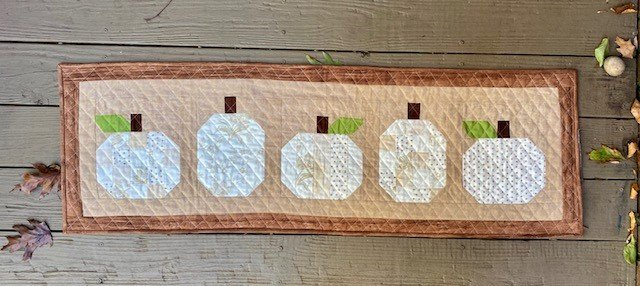White Pumpkin Table Topper Fabric Only Kit