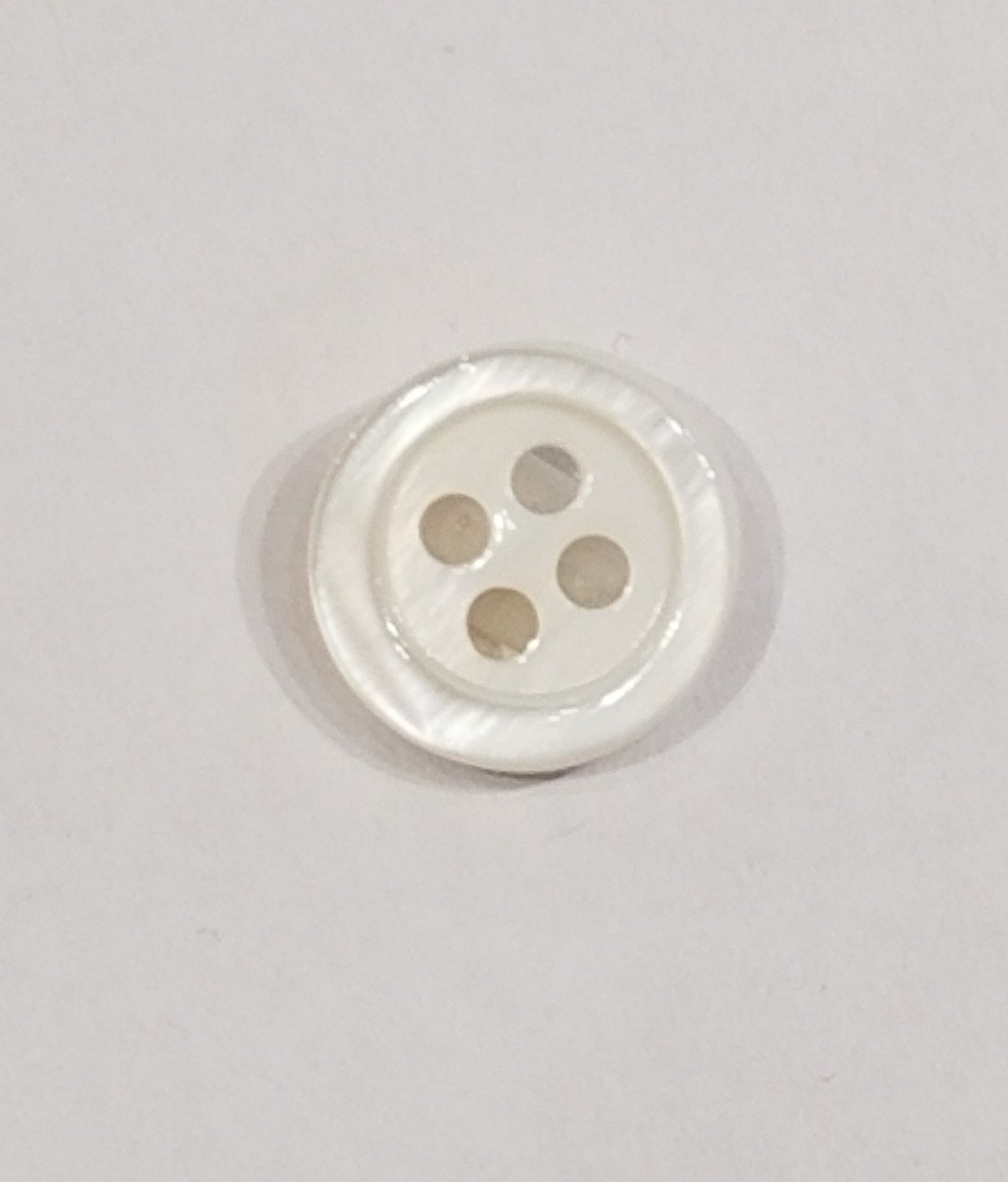 Shell Button - 11mm 4 holes Color 11