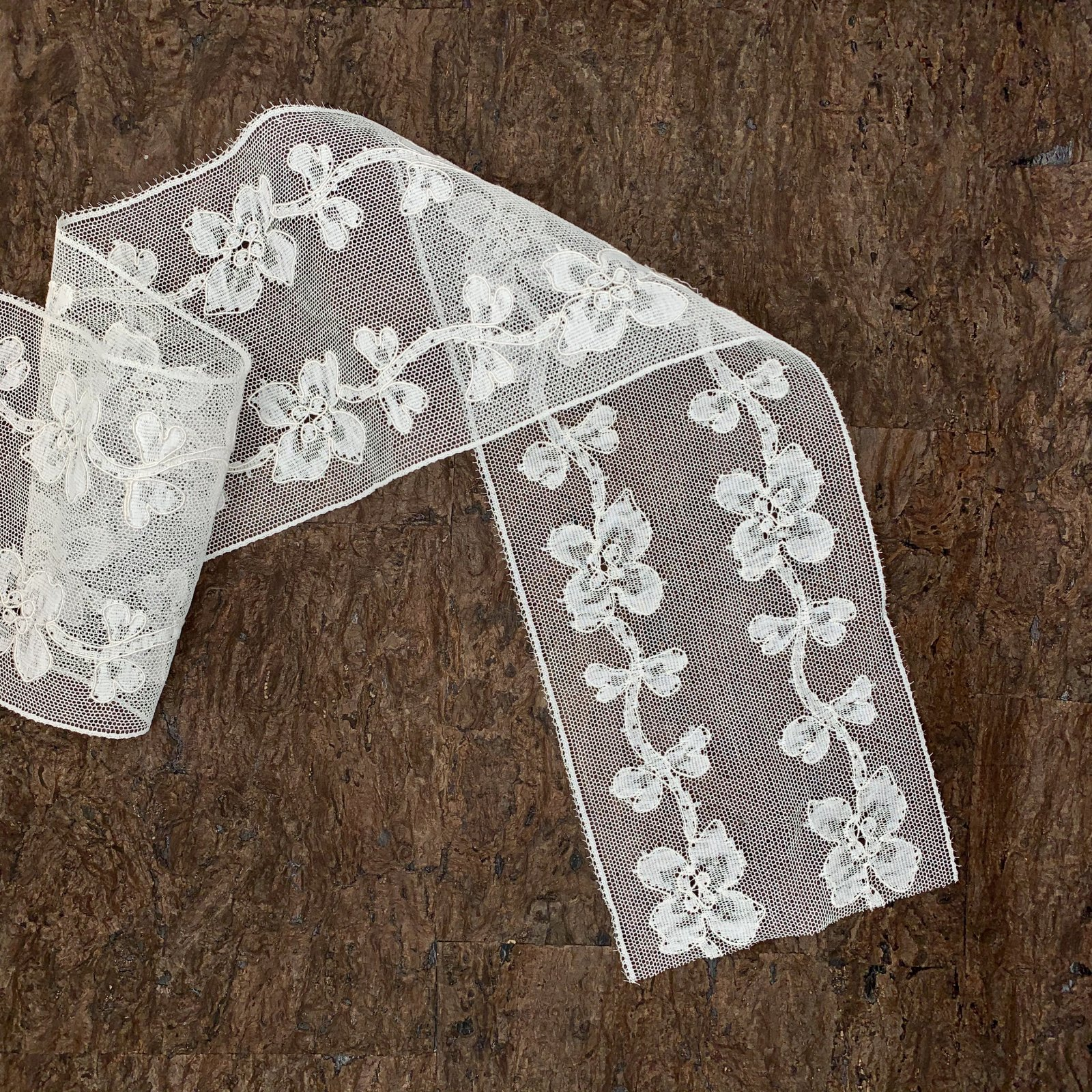 Pansy - French Lace Trim - 5 wide