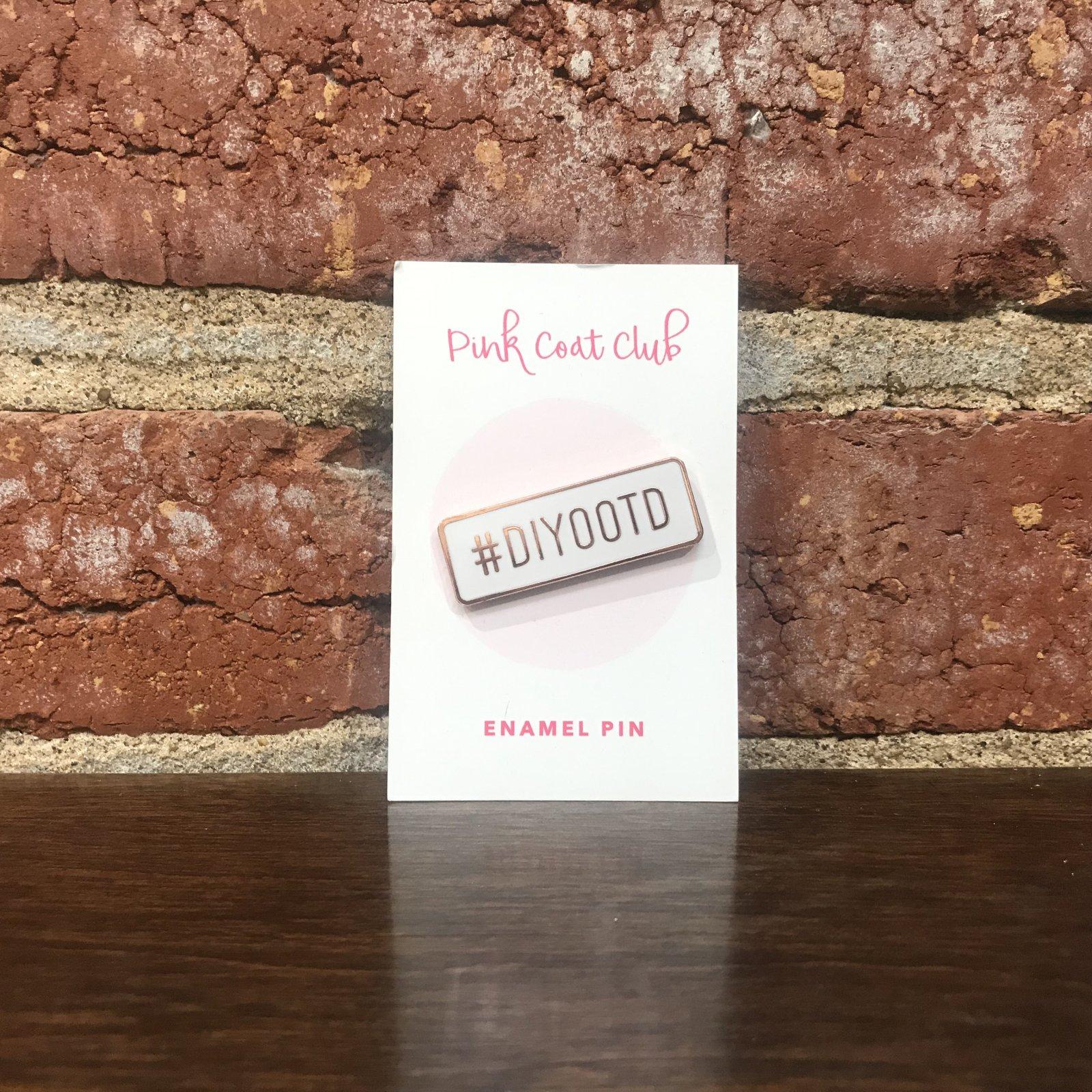 DIYOOTD - White/Rose Gold - Pink Coat Club Pin