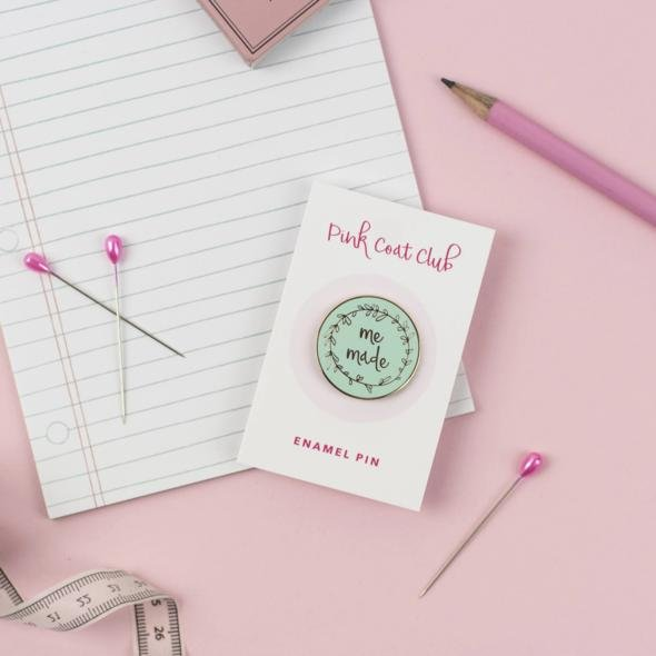 Me Made - Mint - Pink Coat Club Pin