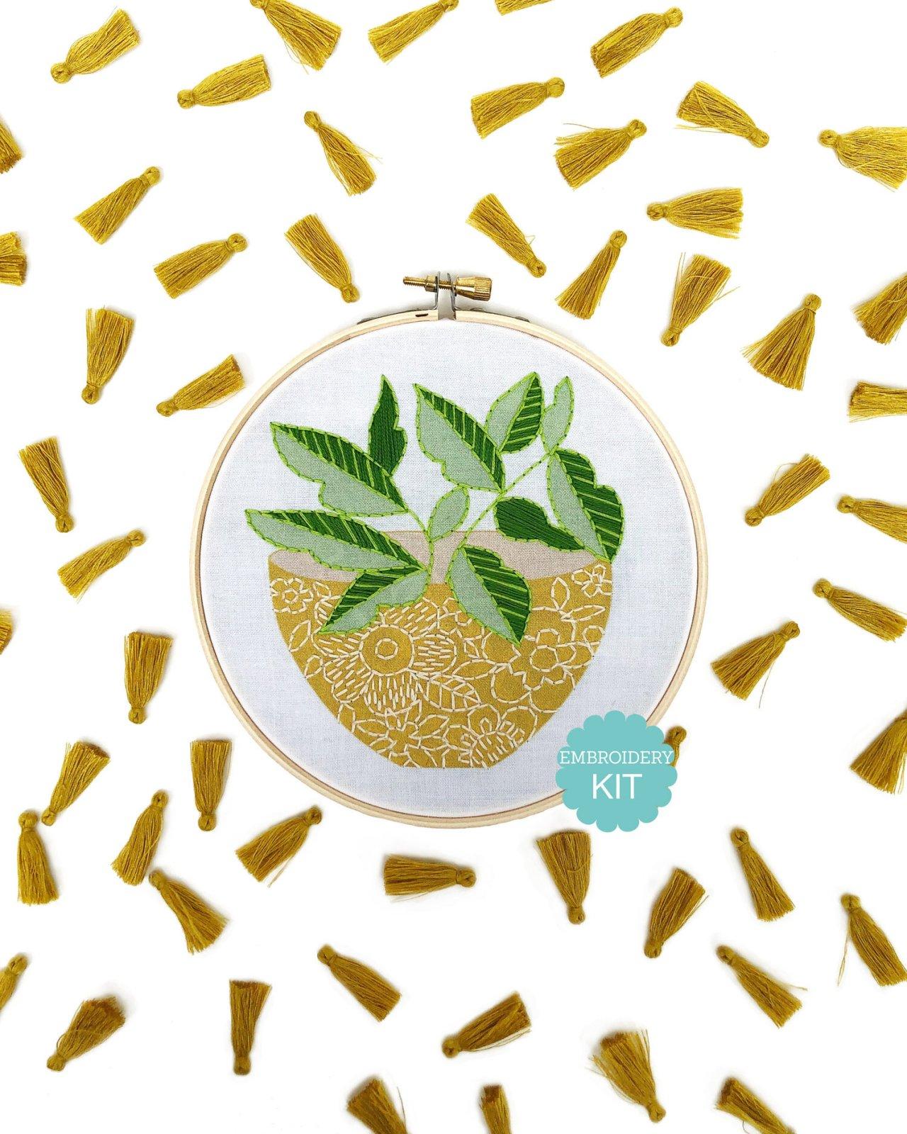 RikRack Embroidery Kit - Yellow Flower Pot