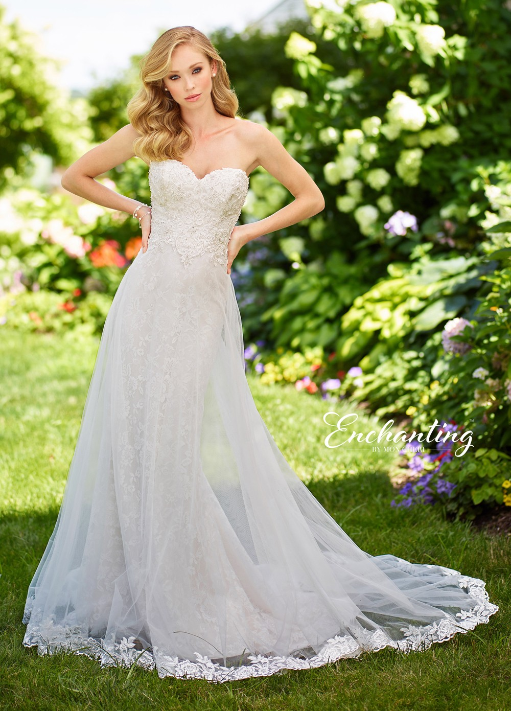 Strapless Sweetheart Neckline With Lace Accents