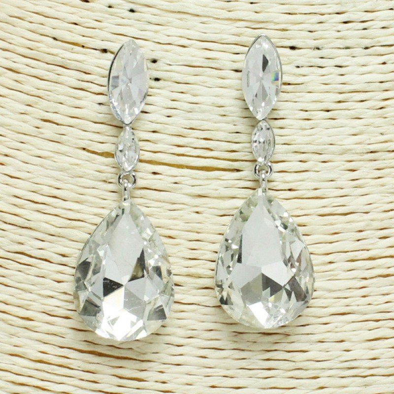 Silver/ Clear Rhinestone Earring