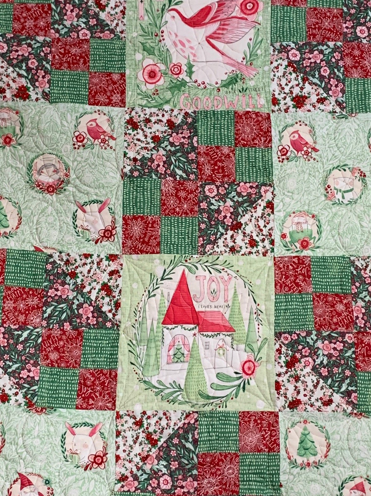 Blend Merry and Bright Holiday Quilt