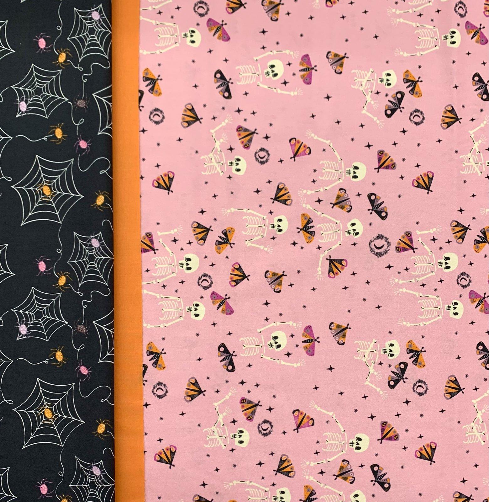 Art Gallery Spooky N'' Sweeter Pillowcase Kit
