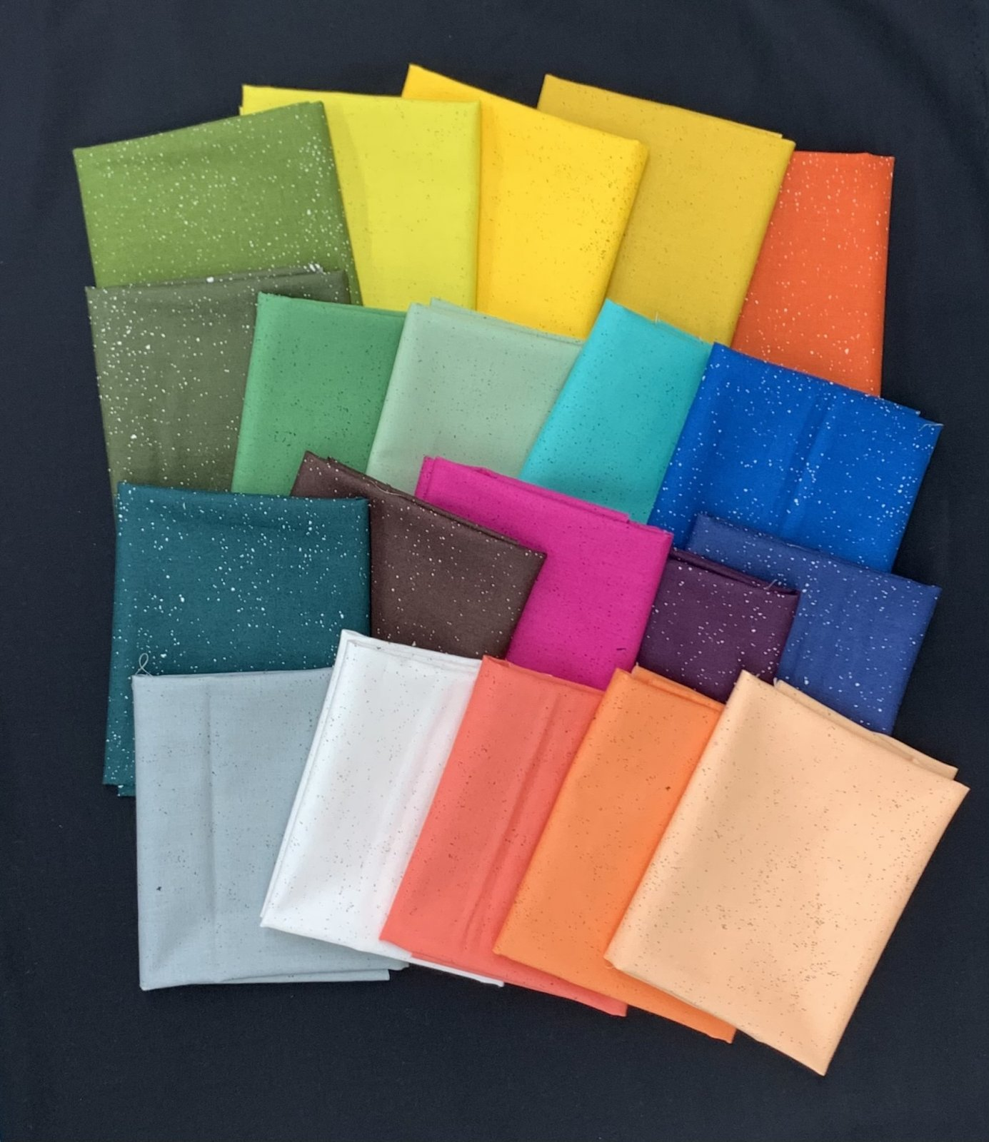 Andover Giucy Giuce Spectrastatic II 20pc Fat Quarter Bundle