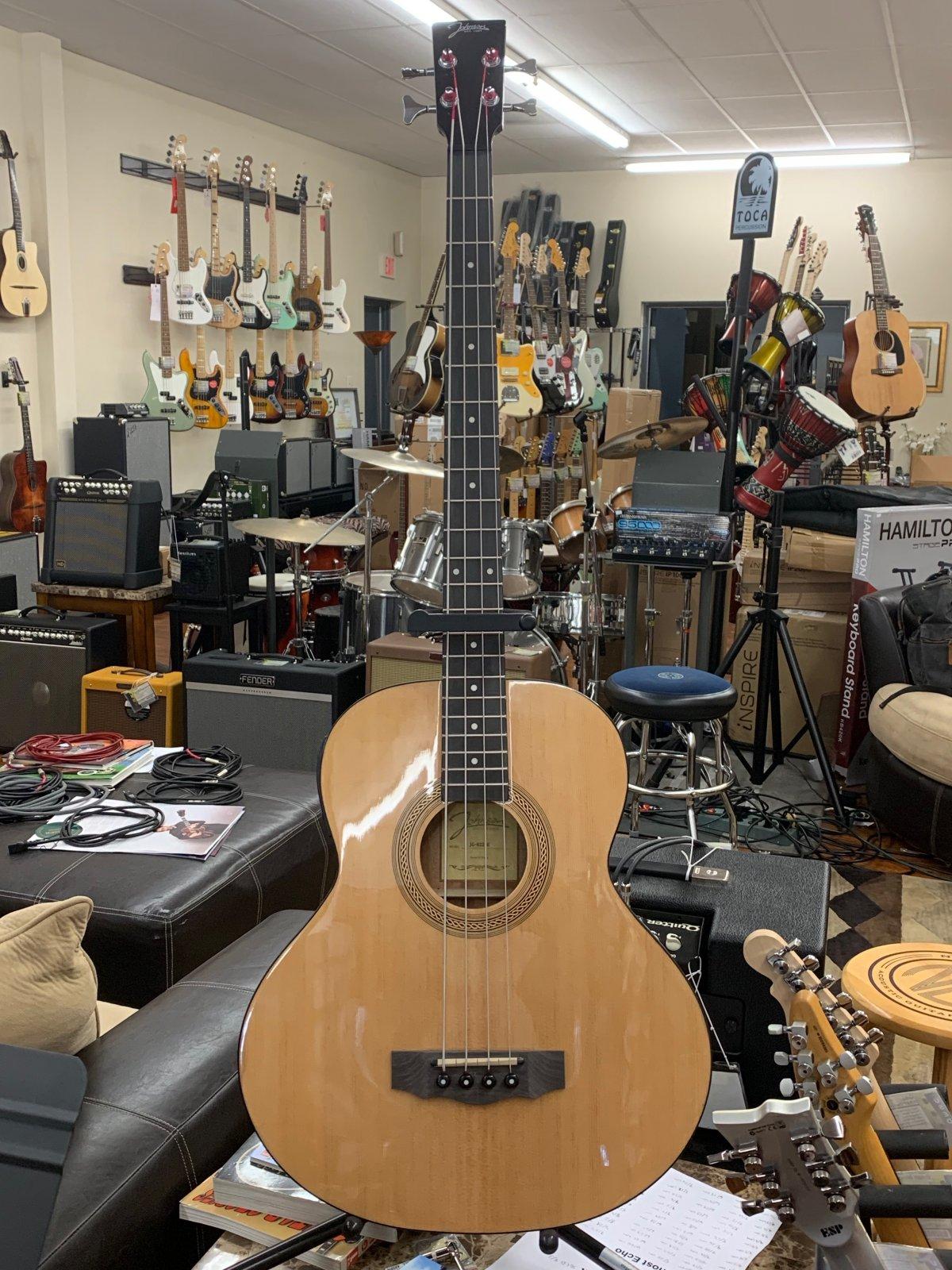 Johnson JG622E Acoustic-Electric Bass