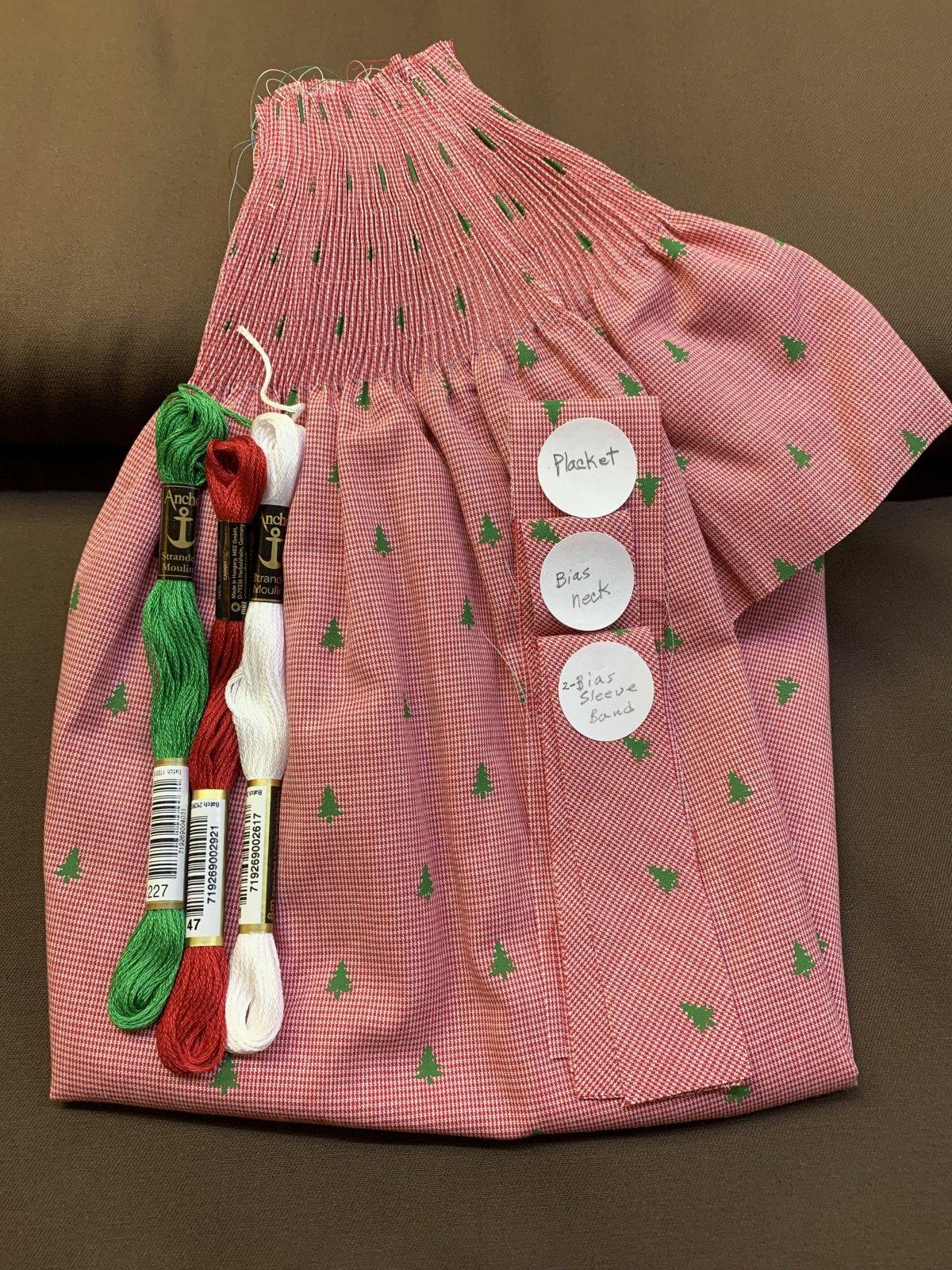 Bishop Kit - Banded Sleeve Christmas Trees on Microcheck