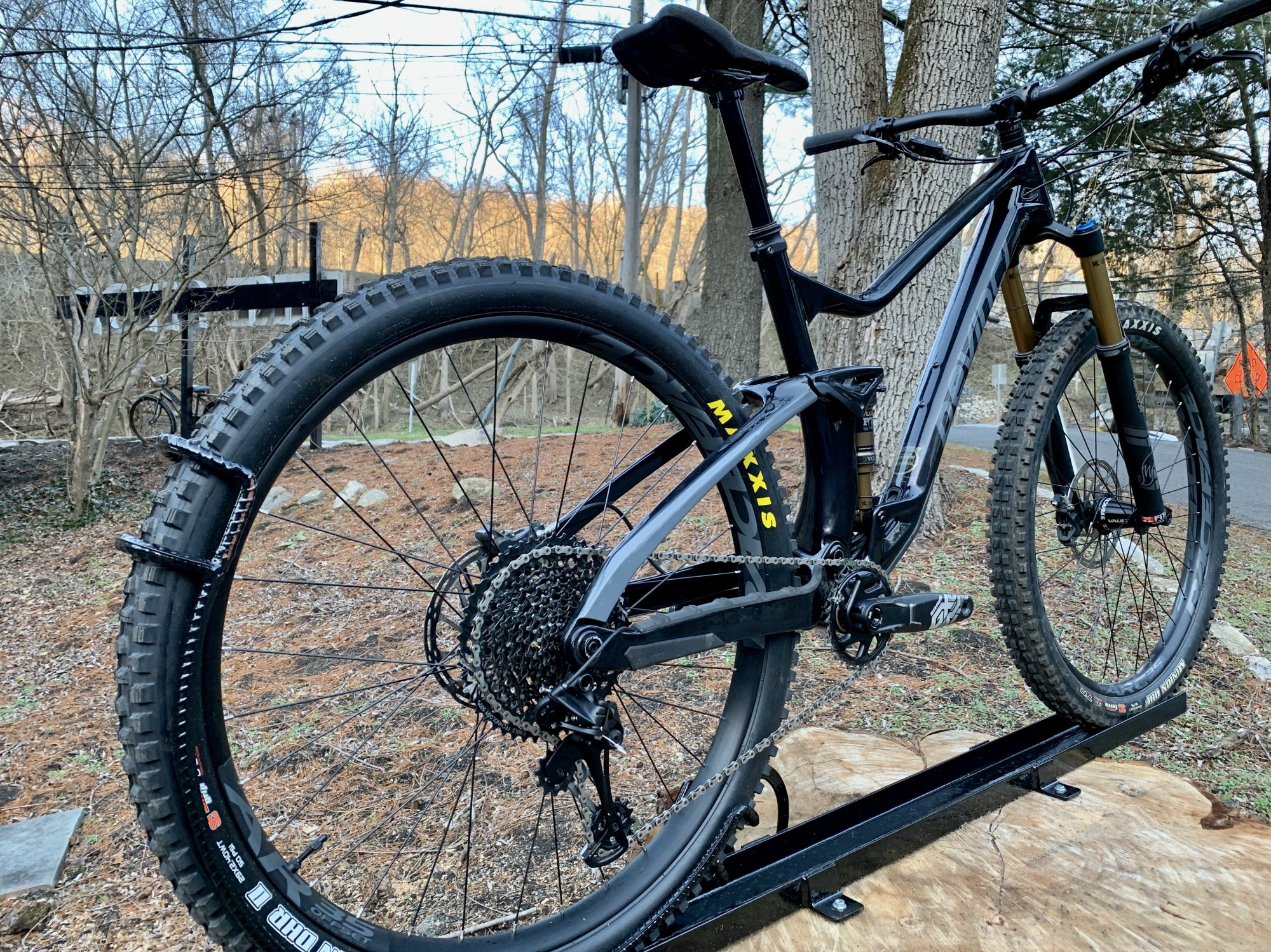 DEVINCI DJANGO 29ER LTD GX LARGE BLACK
