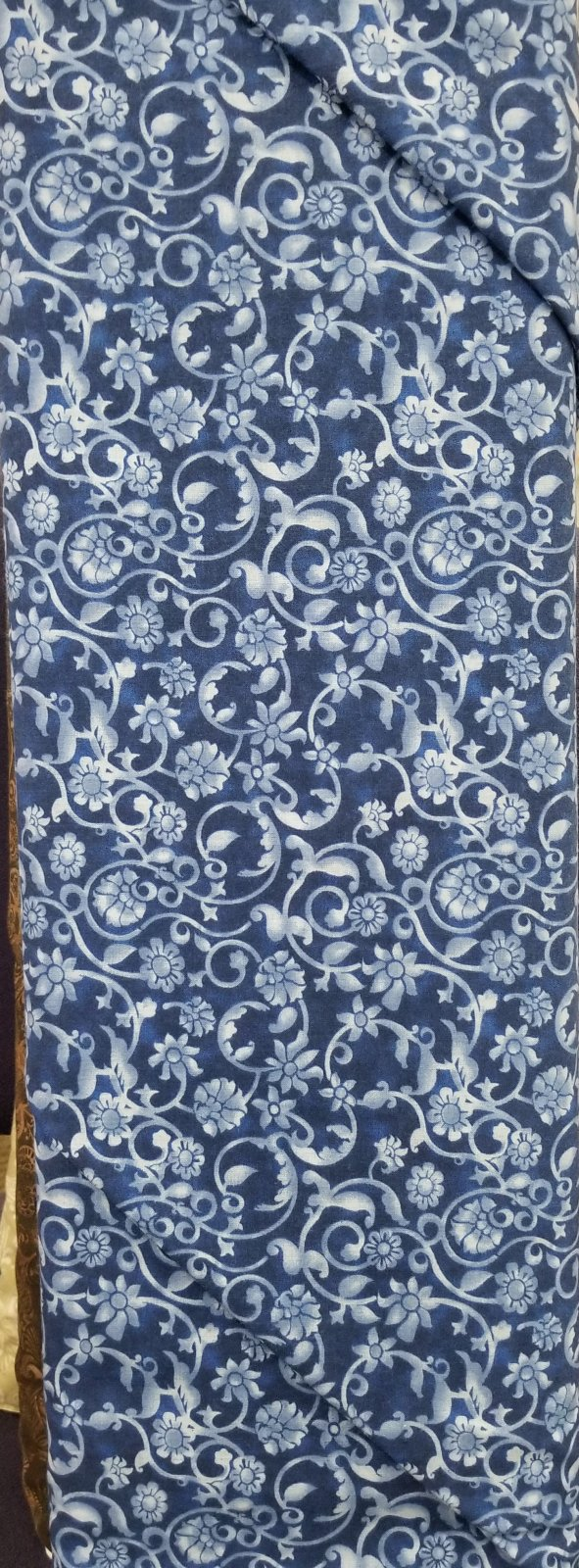108 Floral Blue Quilt Backing