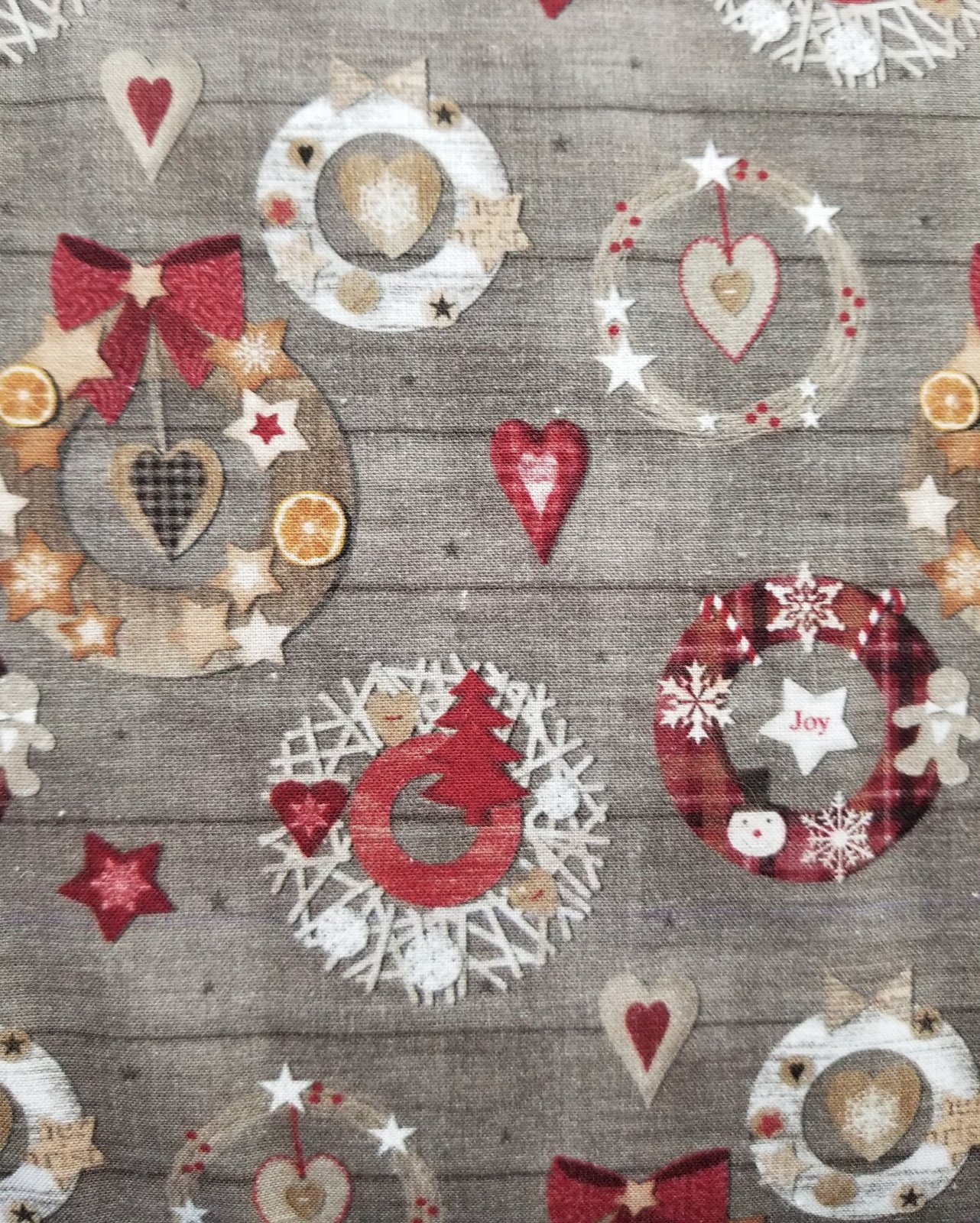 64 Christmas Wreaths Quilt Backing