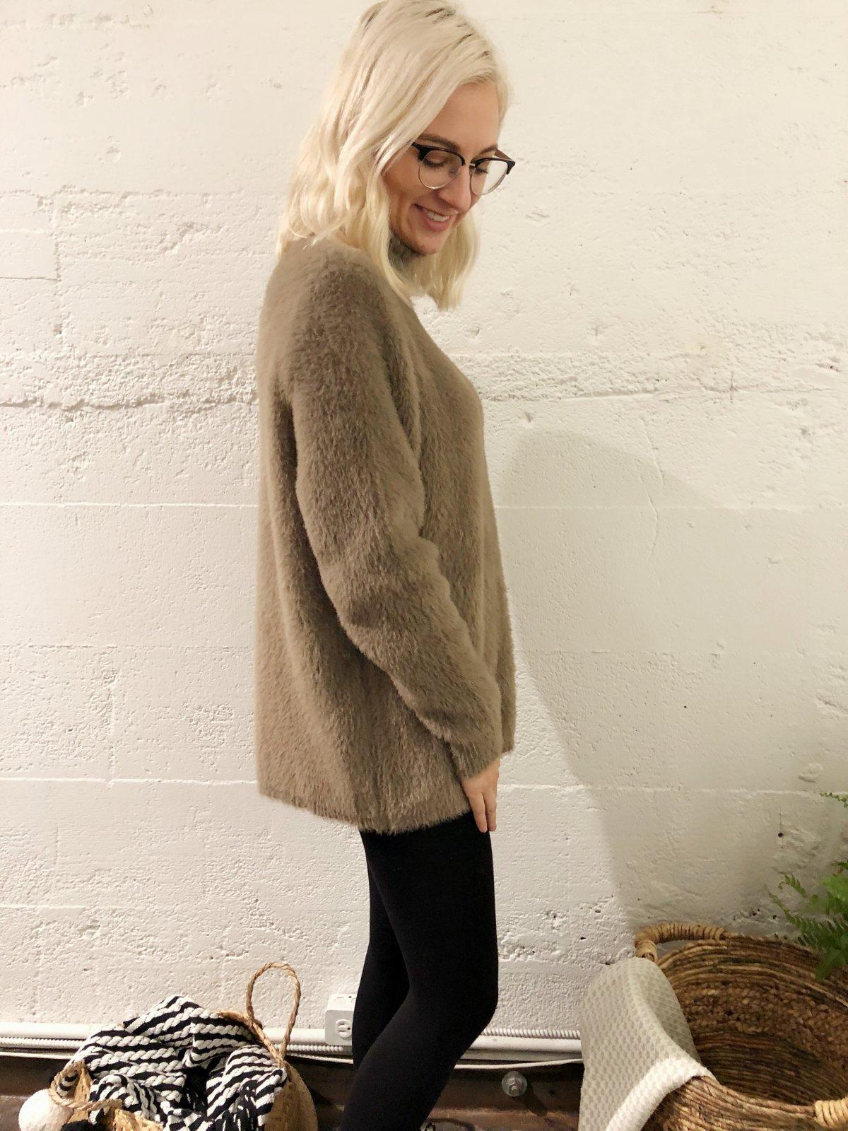 Whistler Sweater 1059