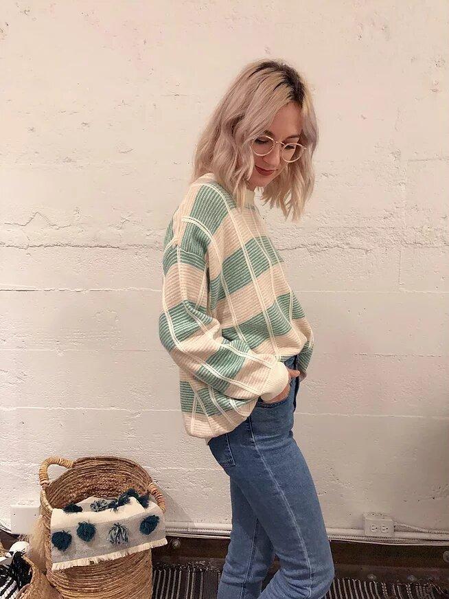 Whistler Sweater 1046