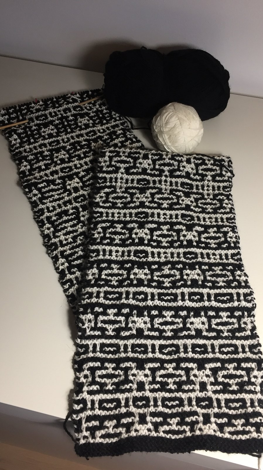 Mosaic Advent Scarf 2016 Pattern from Tricia Weatherston Designs (Ravelry)