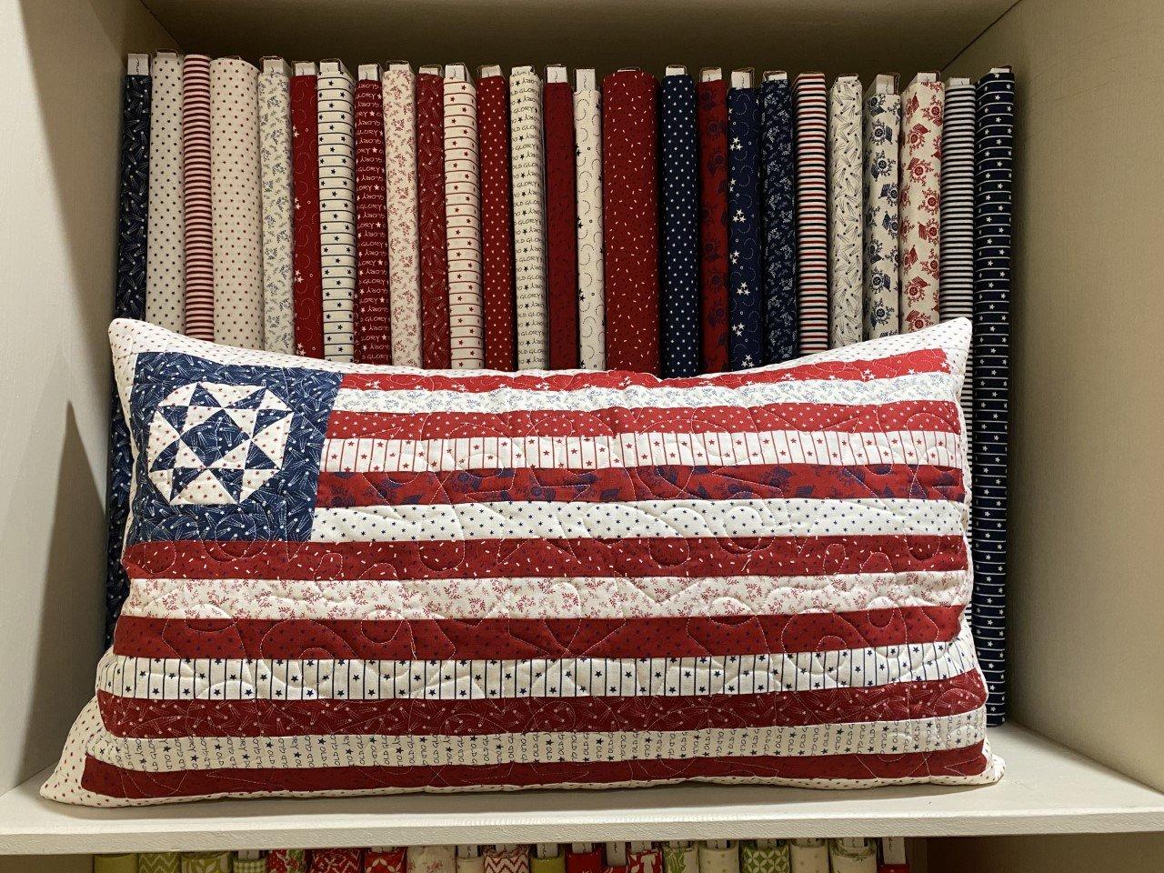American Gatherings Book & Pillow Kit