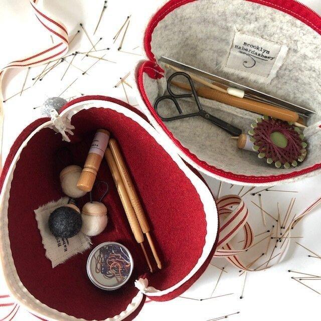 Brooklyn Haberdashery Wool Notion Bag - Holiday Red