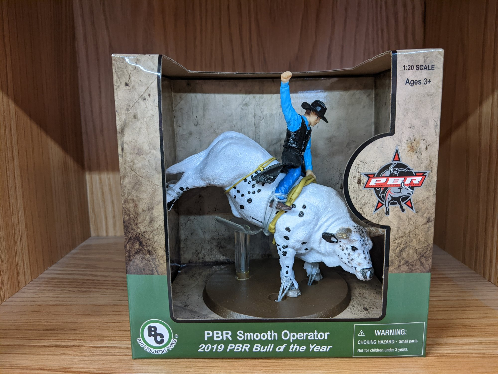 Big Country Toy PBR Smooth Operator Bull
