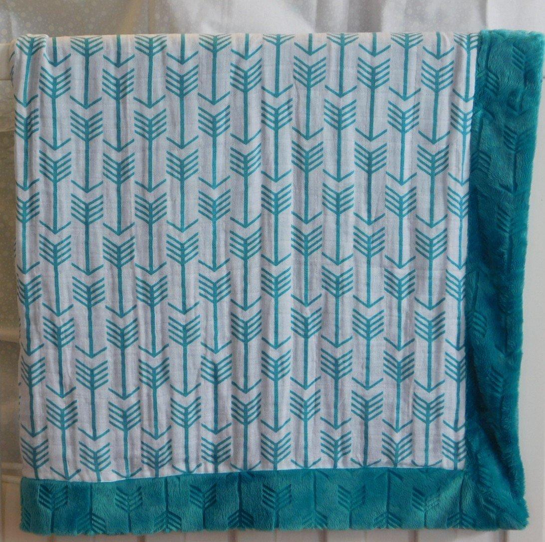 Turquoise Arrows  Minky-Gauze Blanket
