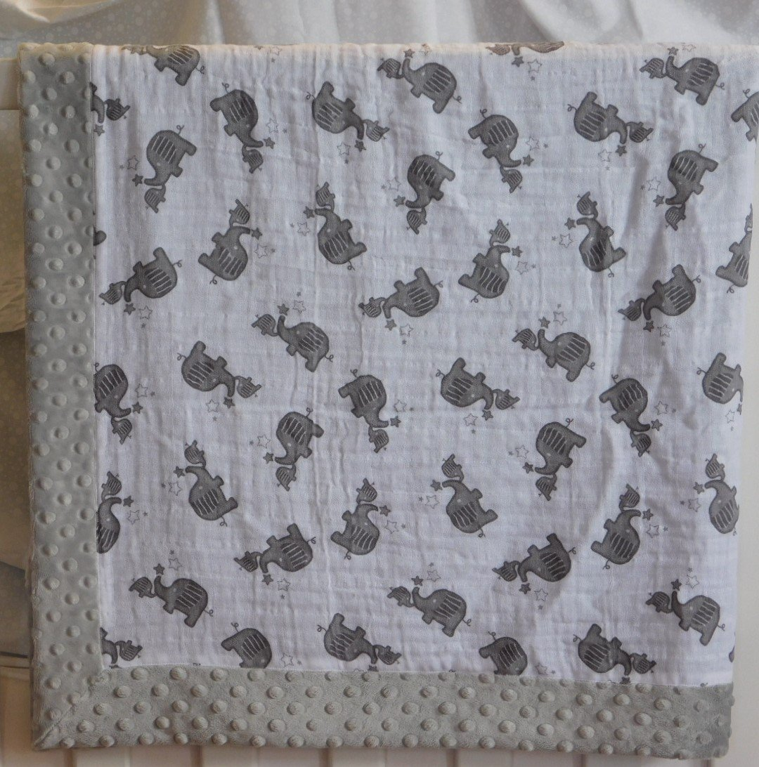 Gray Momma and Baby Elephant Minky-Gauze Blanket