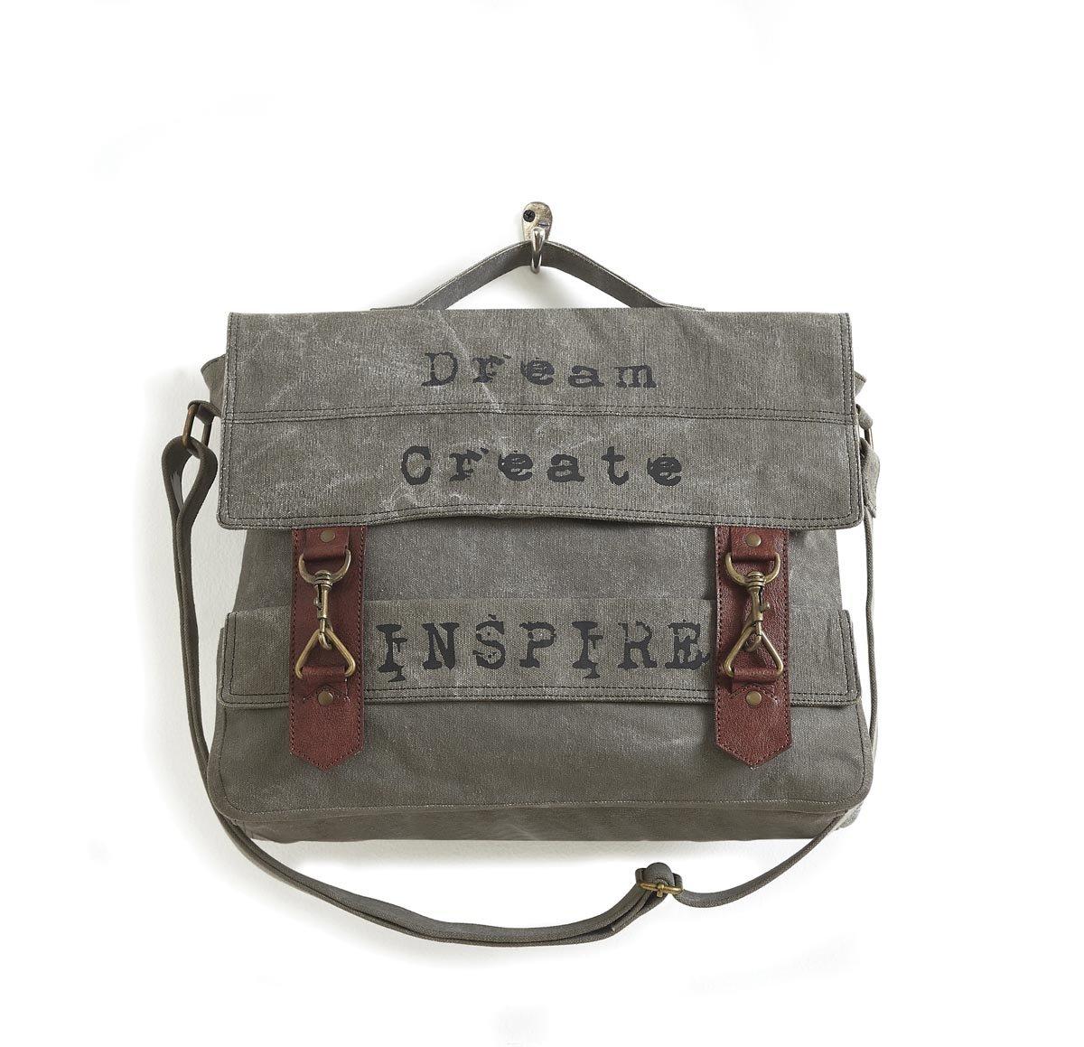 DREAM CREATE INSPIRE MESSENGER