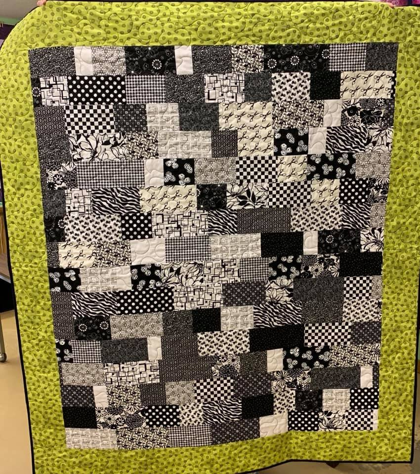 Quilt Lasagna Black & White