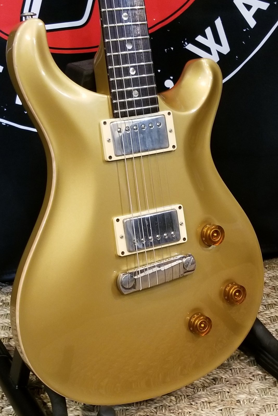 1999 Paul Reed Smith Custom 22 w/ohc All Gold finish