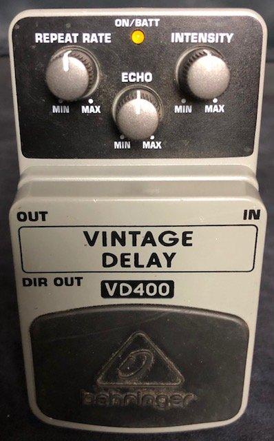 Behringer VD-400 Vintage Delay Pedal